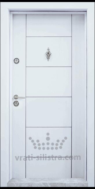 Блиндирана входна врата, модел Т102 Бял