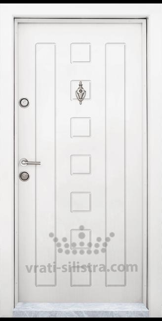 Блиндирана входна врата T-712, цвят Бял